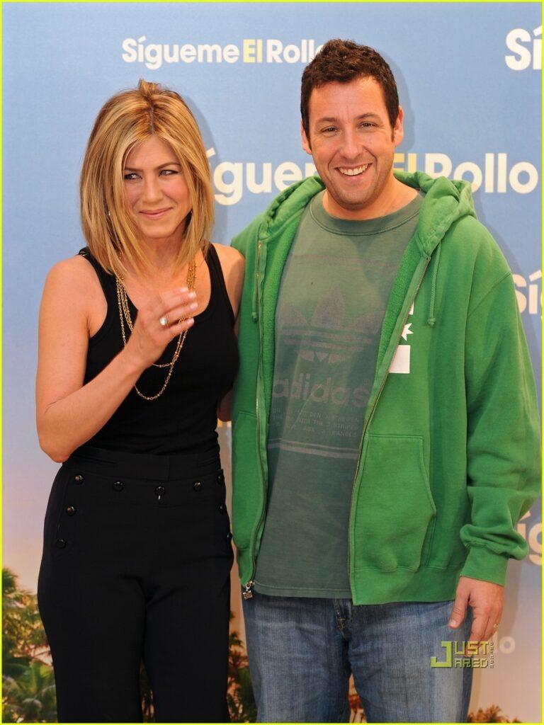Adam Sandler ve Jennifer Aniston tekrar bir arada ... адам сэндлер