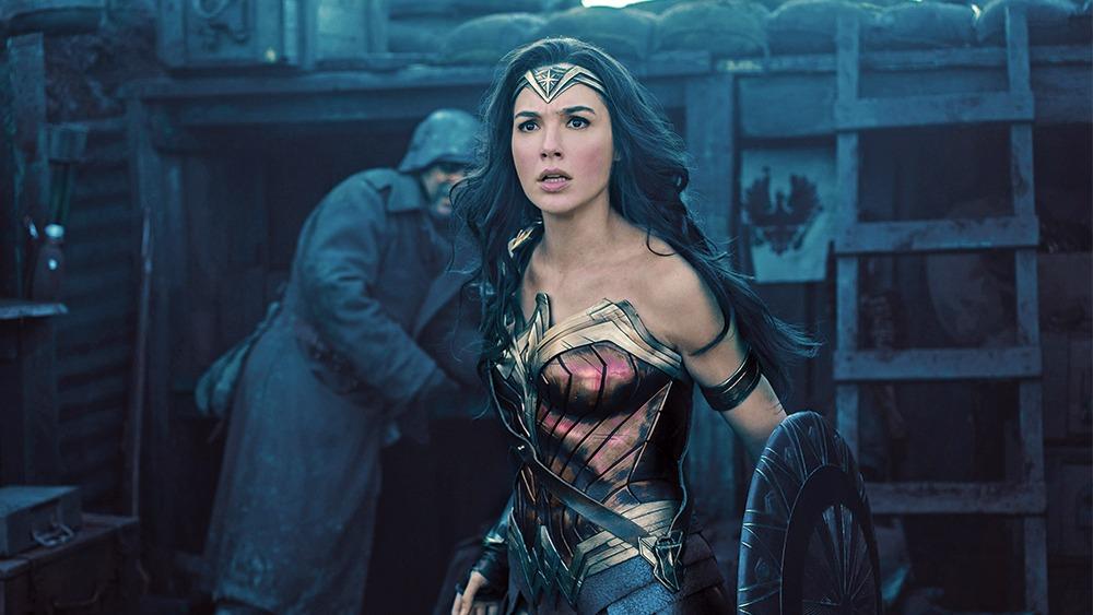Gal Gadot, Wonder Woman Kostümüyle Hastaneye Gitti