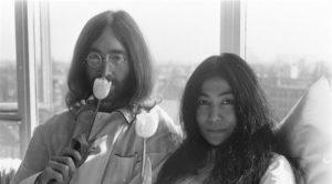 John Lennon  & Yoko Ono Hakkındaki Filmin Yönetmeni Belli Oldu!